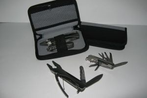 SK825 Multi Purpose Knife w/Piers + Pouch
