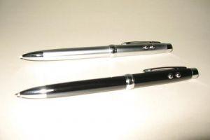 S5011 4 in1 Ball Pen, Led Light, Laser Pointer & PDA